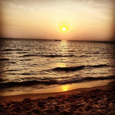 otres beach cambodia sunset