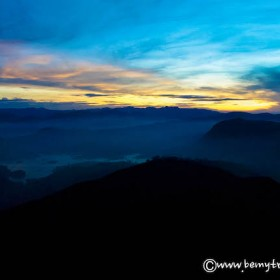 adam's peak sunrise