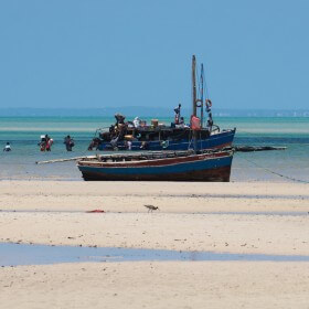 boats in mozambique