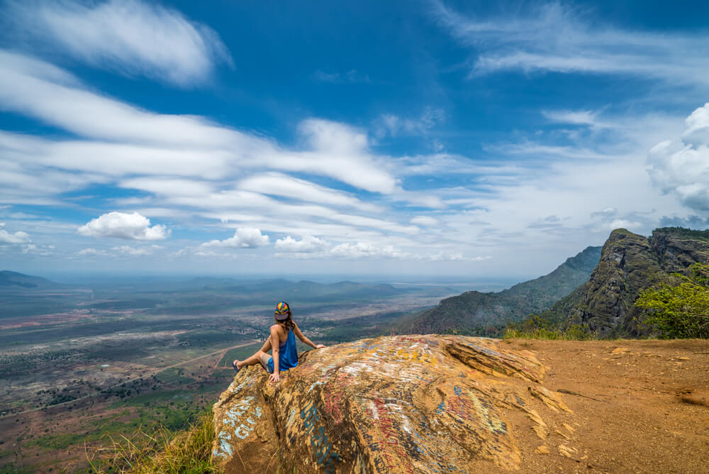 why women should not travel solo