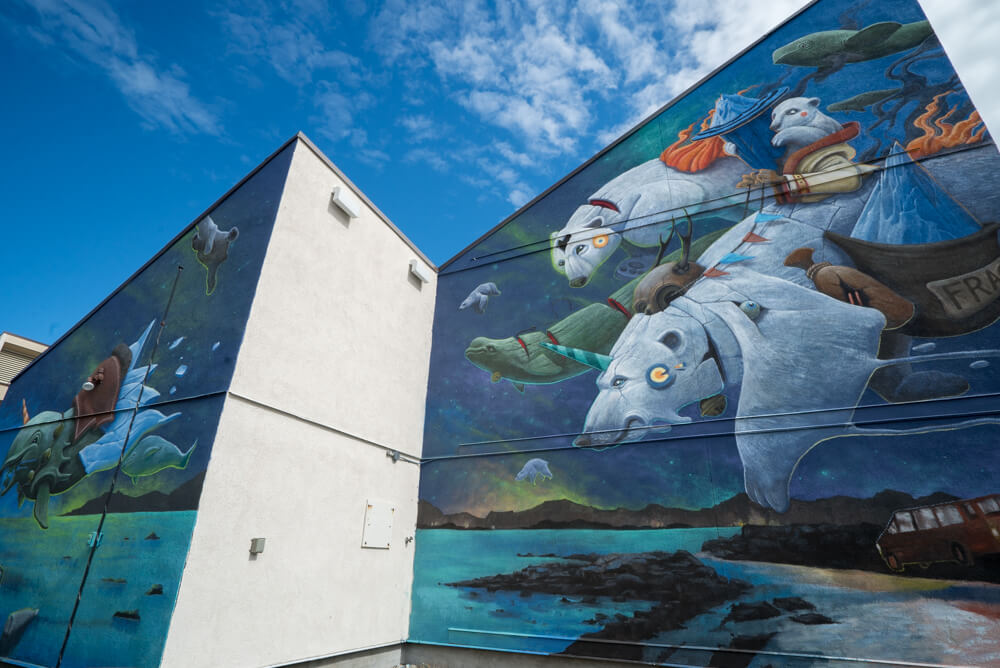seawalls murals churchill