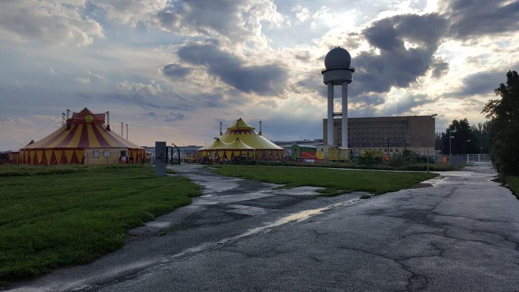 berlin tempelhof airport tour