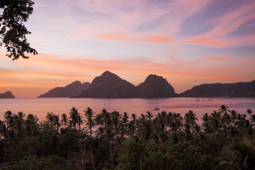 el nido things to do las cabanas beach