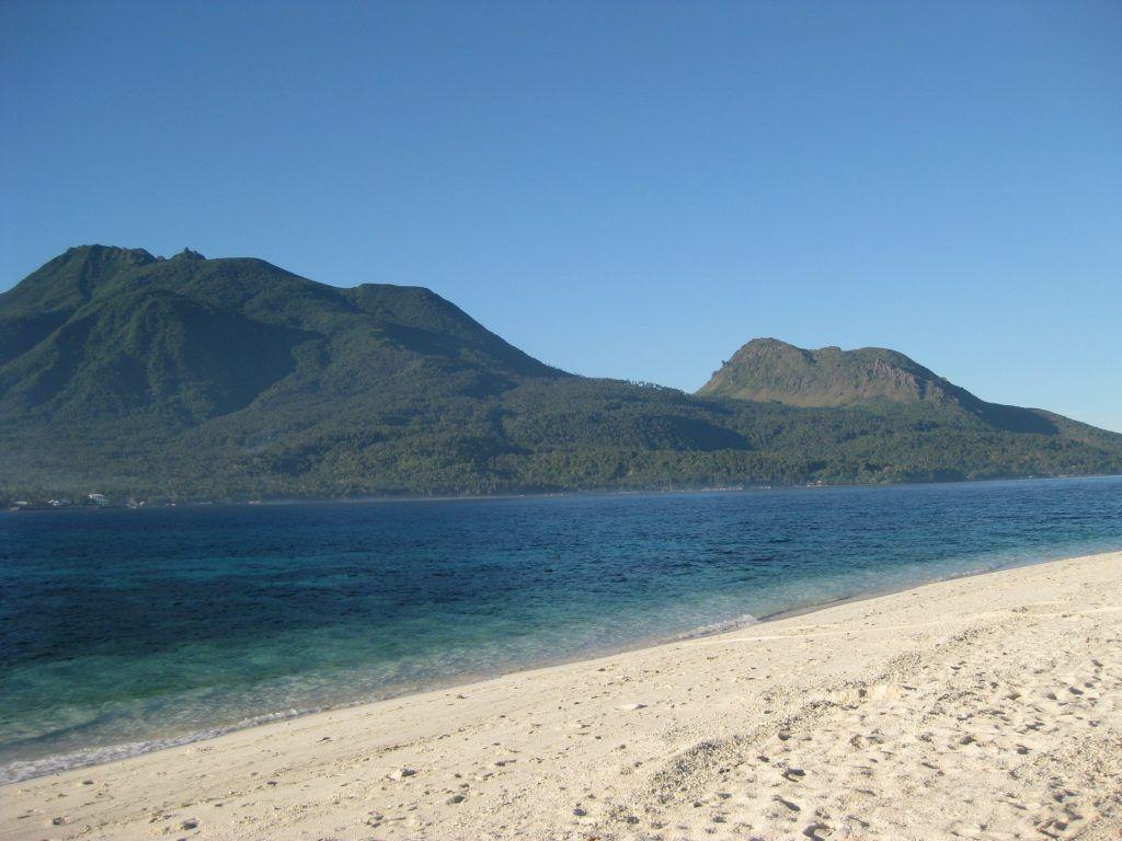 Overtourism in El Nido, Philippines & 10 Amazing Alternatives