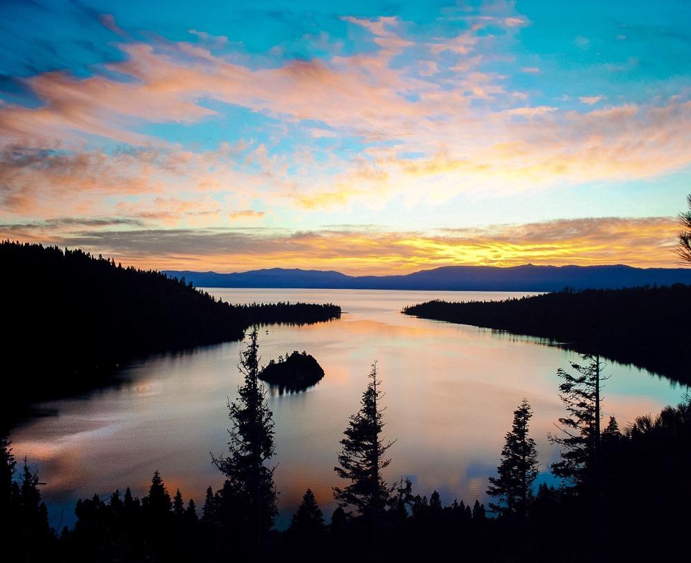 Description: https://www.bemytravelmuse.com/wp-content/uploads/2020/08/emerald-bay-lake-tahoe-3.jpg