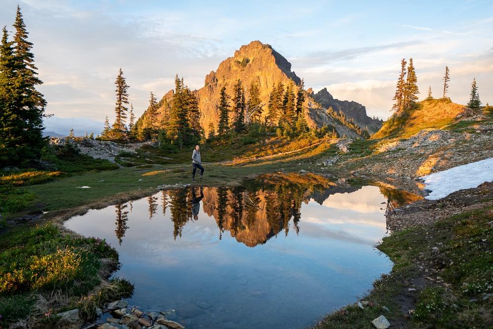 mount rainier national park pinnacle peak