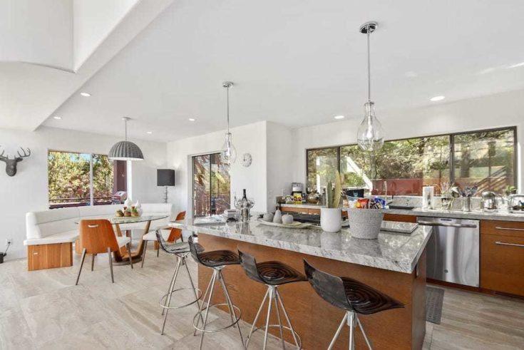 Home.fit BMTMSedonaABB17-735x491 The 7 Best Airbnbs in Sedona, Arizona