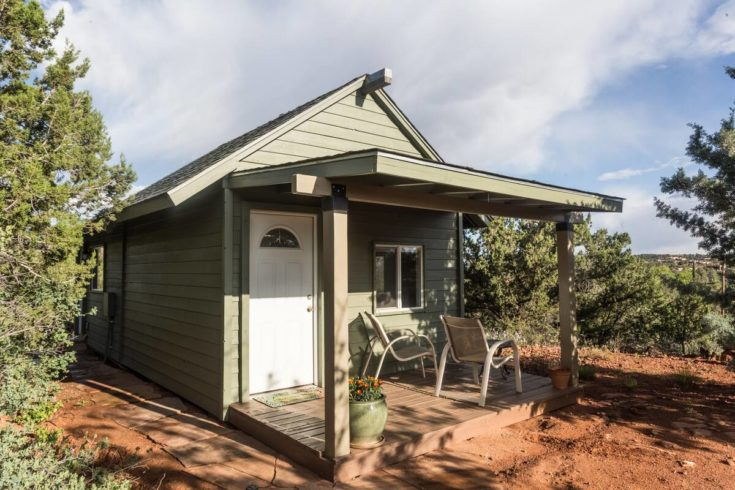 Home.fit BMTMSedonaABB6-735x490 The 7 Best Airbnbs in Sedona, Arizona